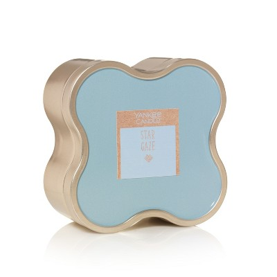 Candles: Yankee Candle Round Tin