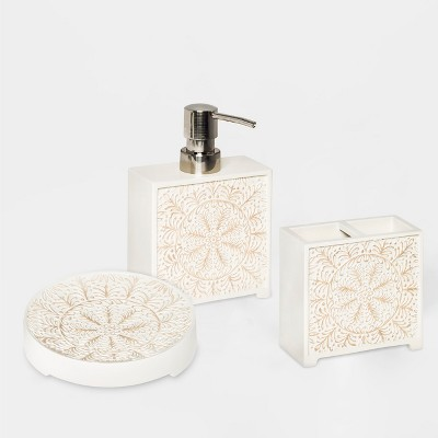 Carved Medallion Bath Collection - Threshold™