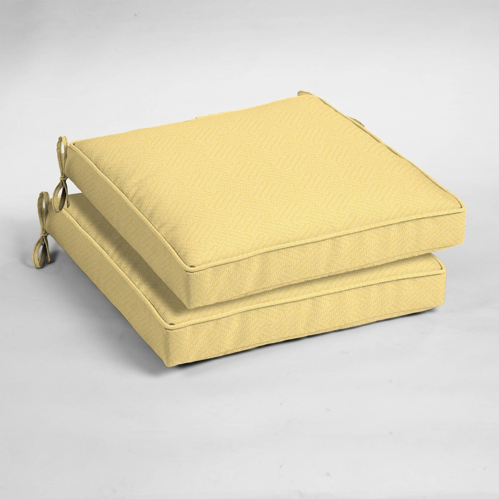 2pk Shirt Texture Single Welt Outdoor Seat Cushions Yellow - Arden Selections