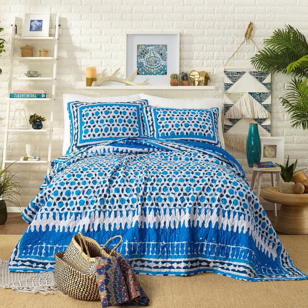 Image of Blue Himaya Print Quilt Set (Full/Queen) - Justina Blakeney for Makers Collective