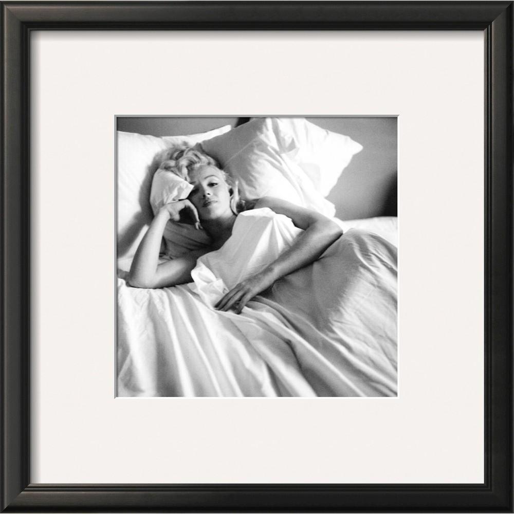 Art.com - Marilyn Monroe: Bed Framed Print