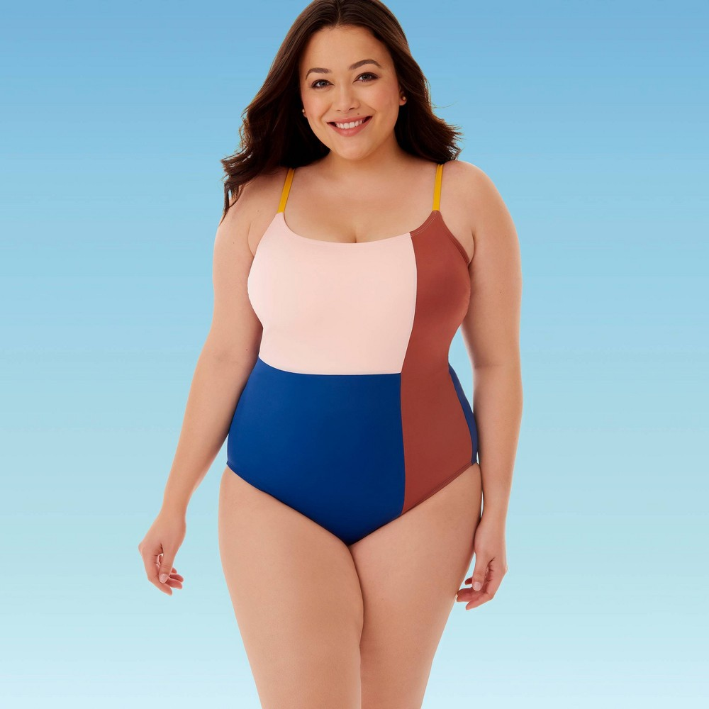 Image of Women's Plus Size Slimming Control Colorblock One Piece Swimsuit - Beach Betty By Miracle Brands 1X, Women's, Size: 1XL, MultiColored