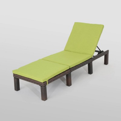 Jamaica Wicker Patio Chaise Lounge with Cushion <br> - Christopher Knight Home