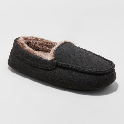 Boys' Carmelo Slippers - Cat & Jack™