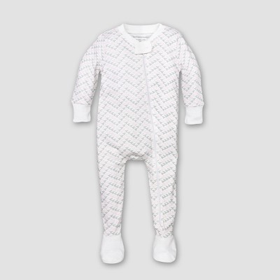 Burt's Bees Baby® Girls' Organic Cotton Chevron Bee Sleeper - Blossom 6-9M