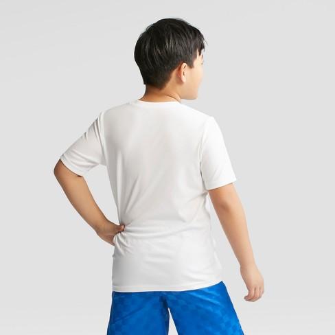 5569590063 Umbro Boys' Logo Tech T-Shirt : Target