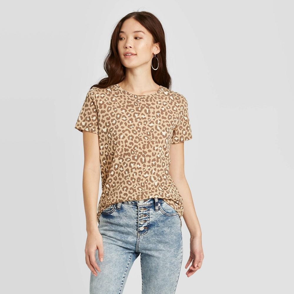 Image of Women's Animal Print Camel Short Sleeve Graphic T-Shirt Zoe+Liv (Juniors') - Tan L, Women's, Size: Large, Brown