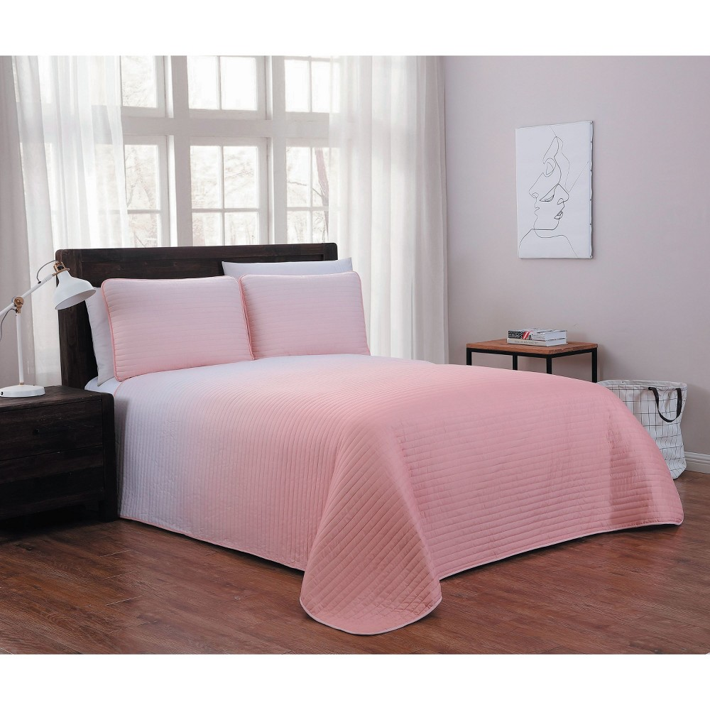 Image of 3pc Queen Kenzie Quilt Set Blush - Geneva Home Fashion