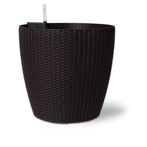 Weave Self-Watering Round Planter, 17 Inch - Gardener's Supply Company - image 1 of 4