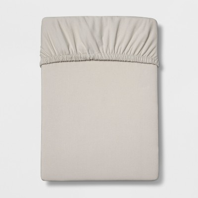 Queen 300 Thread Count Ultra Soft Fitted Sheet Set Seagull Gray - Threshold™