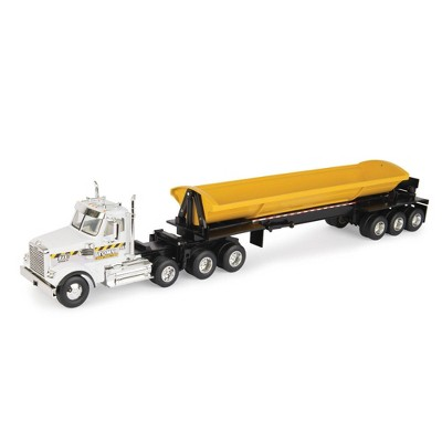 TOMY Freightliner 1:32 Scale 122SD Semi with Side Dump trailer
