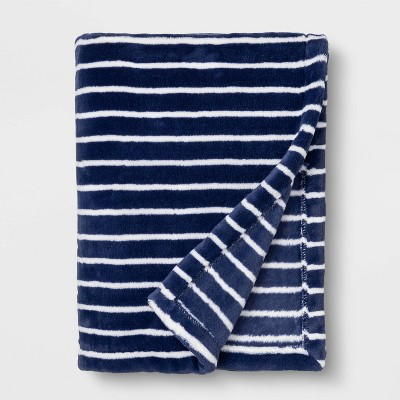 Toddler Bed Plush Blanket - Cloud Island™ Navy Stripe