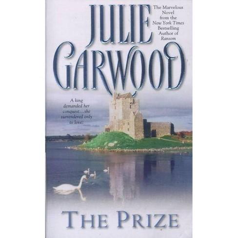 The Prize - by  Julie Garwood (Paperback) - image 1 of 1