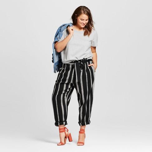 bdeb72829e4c5 Women s Plus Size Gathered Hem T-Shirt - Who What Wear™ Gray   Target