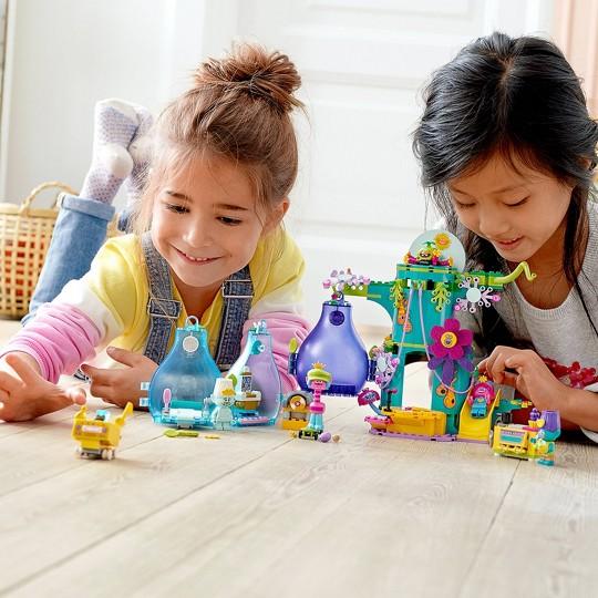 LEGO Trolls World Tour Pop Village Celebration Tree House Building Kit 41255 image number null
