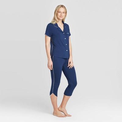 Women's Beautifully Soft Notch Collar Cropped Pajama Set - Stars Above™