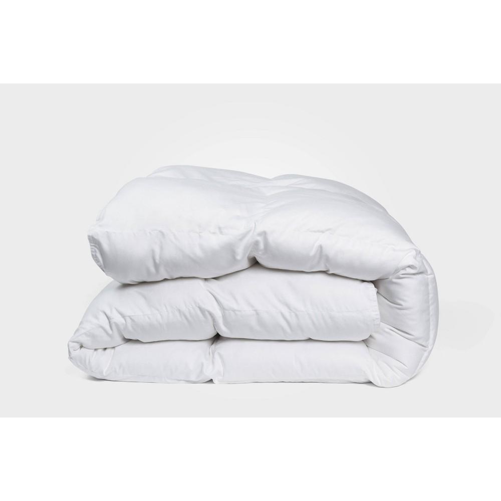 King Year Round Comforter White Molecule