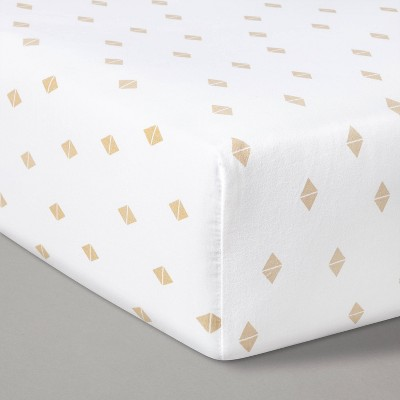 Fitted Crib Sheet Diamonds - Cloud Island™ White/Beige