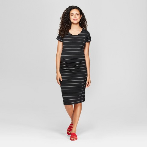 f9ed7074 ... #momstyle #realmomstyle #pregnantmom #pregnantlife #hmxme  #momswithstyle #budgetstyle #lookforless #maternitydress #maternitywear # maternityclothes