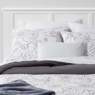 Floral Decorative Bed Set with Throw - Room Essentials™