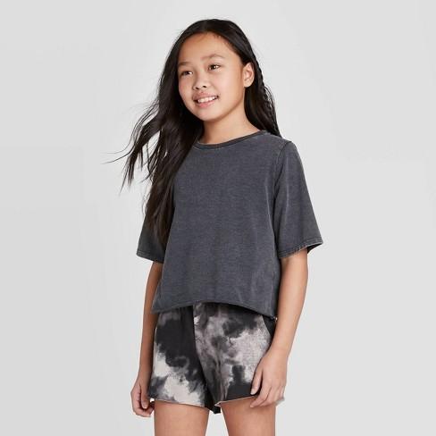 Girls' Short Sleeve Solid T-Shirt - art class™ Black - image 1 of 3