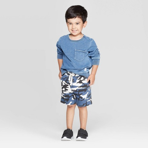Toddler Boys' 2pc Sweatshirt Top and Camo Shorts Set - art class™ Blue - image 1 of 3