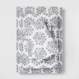 Queen Holiday Flannel Printed Sheet Set Gray Snowflake - Threshold™
