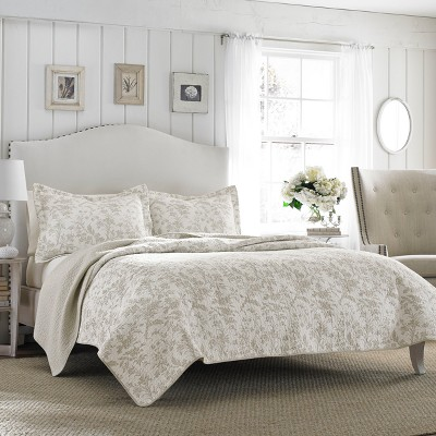 Gray Amberley Quilt Set (King)- Laura Ashley