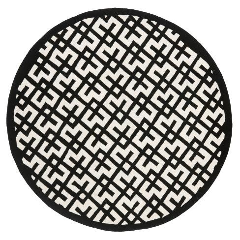 Ivory/Black Geometric Tufted Round Area Rug 7' - Safavieh - image 1 of 3