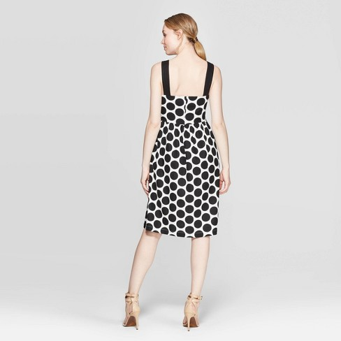 bcaab49ae9a Shop this dress in the LIKEtoKNOW.it app liketoknow.it #liketkit  http://liketk.it/2D3EB #LTKsalealert #summerdress #summerstyle  #fashionover40 ...