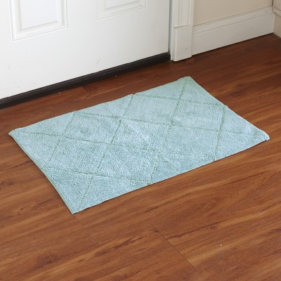 "Lakeside Diamond Weave Bathroom Rug with Latex Nonslip Backing - 20"" x 30"""