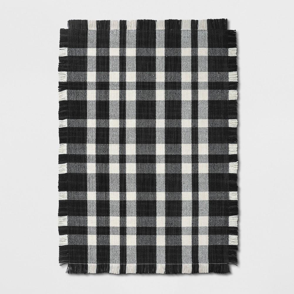 5'X7' Plaid Woven Area Rugs Black - Threshold
