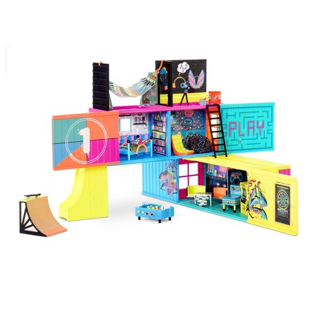 L.O.L. Surprise! Clubhouse Playset with 40+ Surprises and 2 Exclusives Dolls - image 1 of 4
