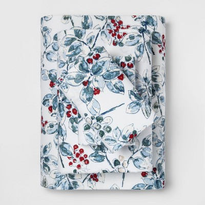Queen Holiday Flannel Printed Sheet Set Berries - Threshold™