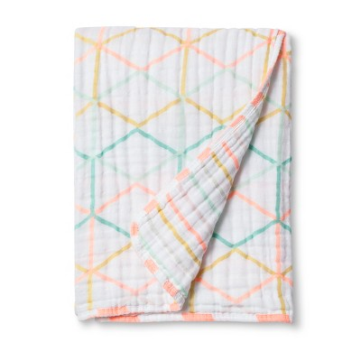 Muslin Quilt Blanket Hexagon Lines - Cloud Island™ True White