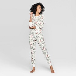 Women's Holly Print Thermal Sleep Pajama Set - Stars Above™ Cream