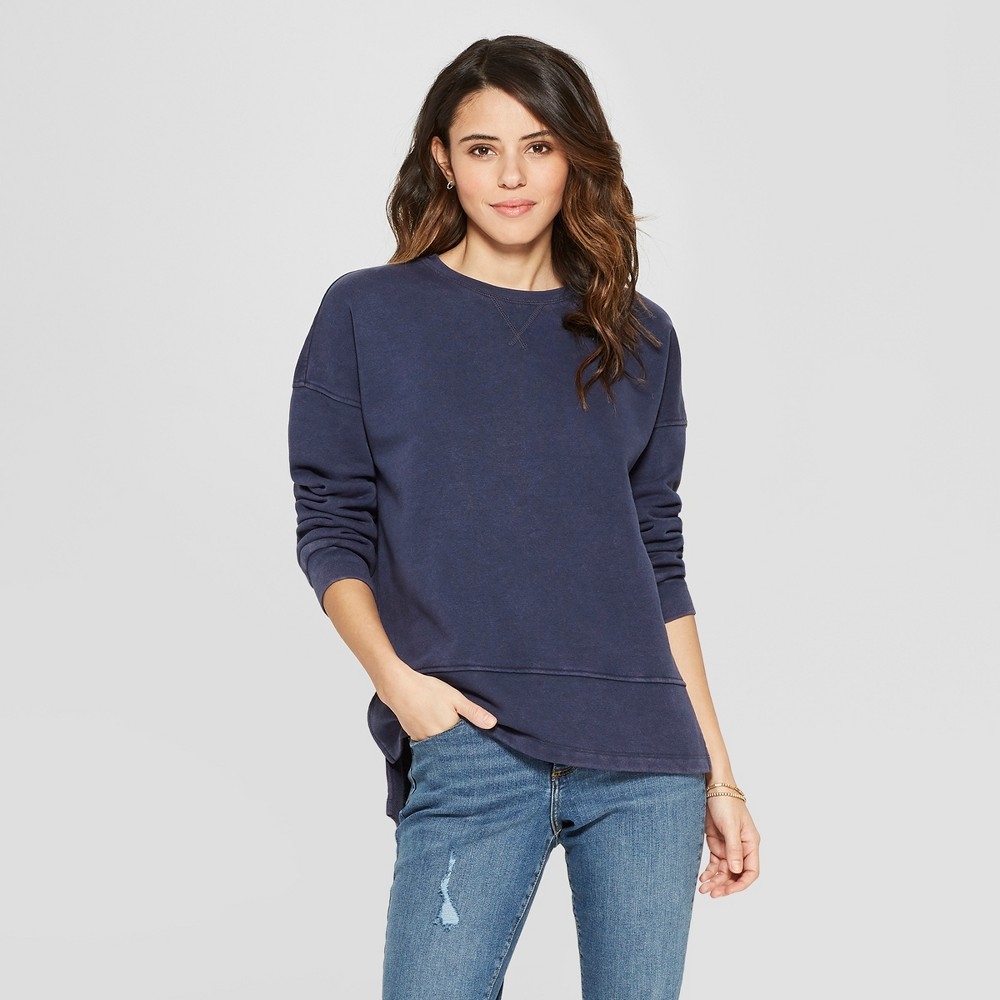 Women's Long Sleeve Tunic Sweatshirt - Universal Thread Navy (Blue) S