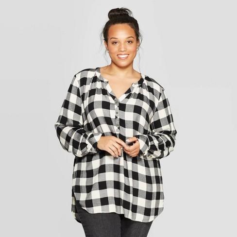 Women's Plus Size Plaid Long Sleeve V-Neck Tunic Shirt - Universal Thread™ Black - image 1 of 3