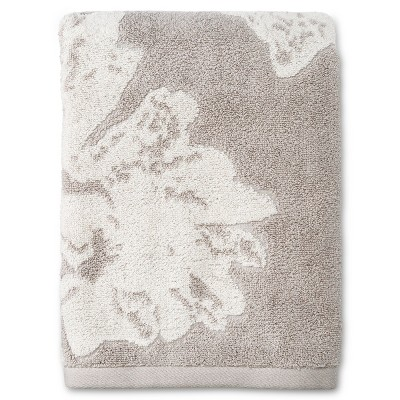 Jacquard Floral Decorative Bath Towel Creamy Chai - Project 62™