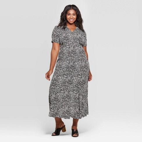 Women\'s Plus Size Polka Dot Short Sleeve V-Neck Maxi Dress - Who What Wear™  Black/White
