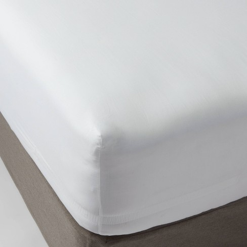 300 Thread Count Ultra Soft Fitted Sheet - Threshold™ - image 1 of 4