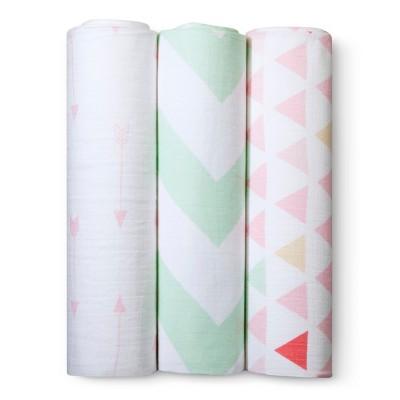 Muslin Swaddle Blankets Triangles 3pk - Cloud Island™ - Pink