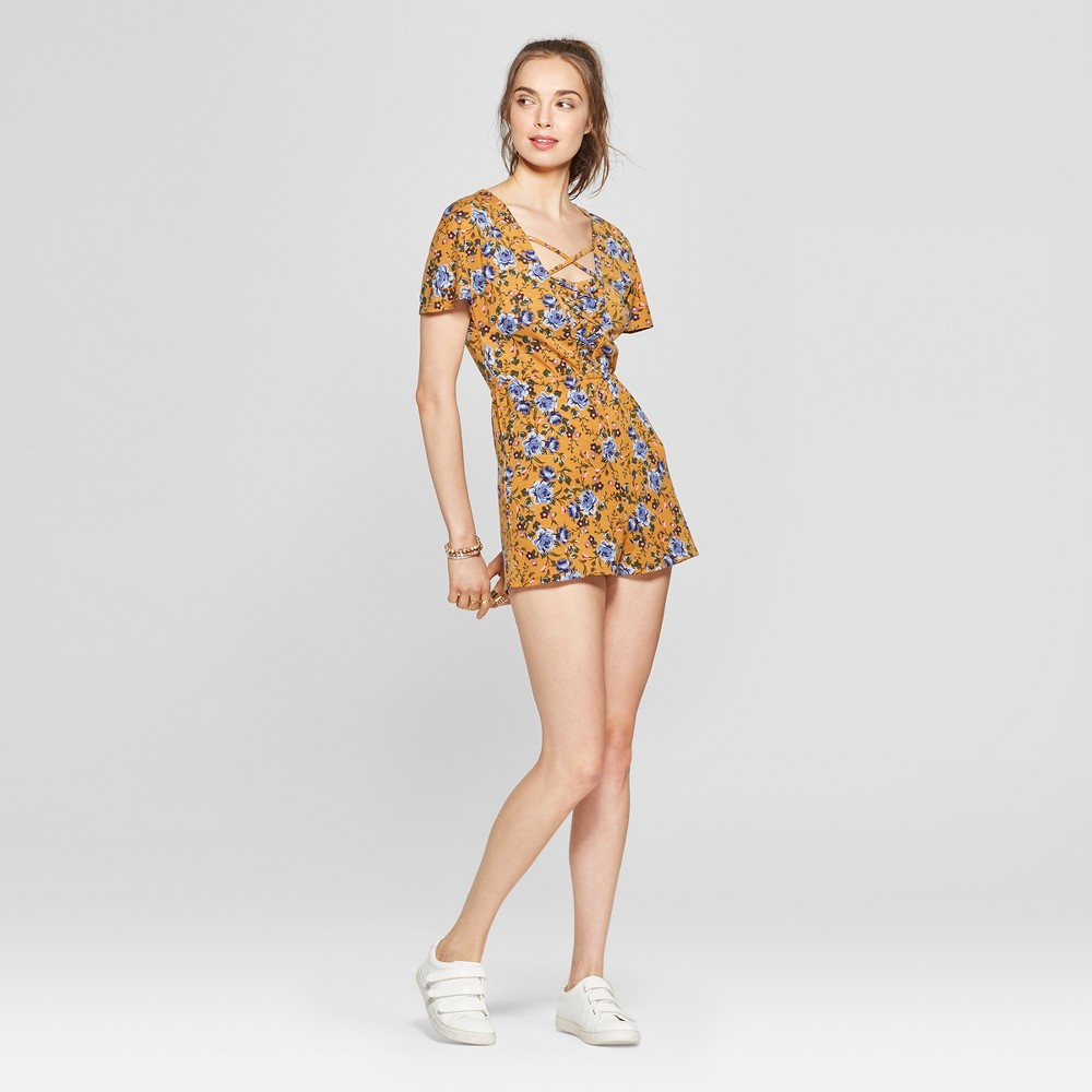 Women's Floral Print Lace-Up Romper - Love @ First Sight (Juniors') Mustard XL, Yellow