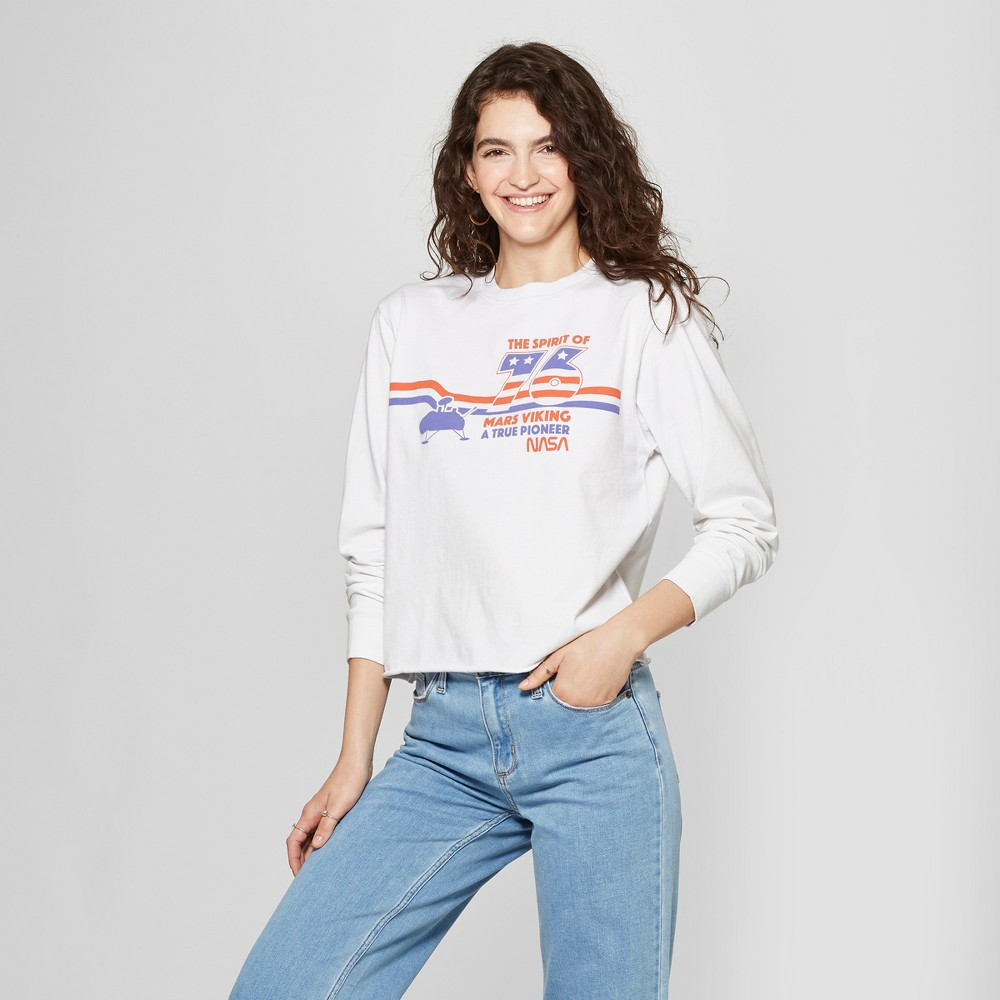 Women's Long Sleeve Tokyo Baby Cropped Graphic T-Shirt - Mighty Fine (Juniors') Gray M, White