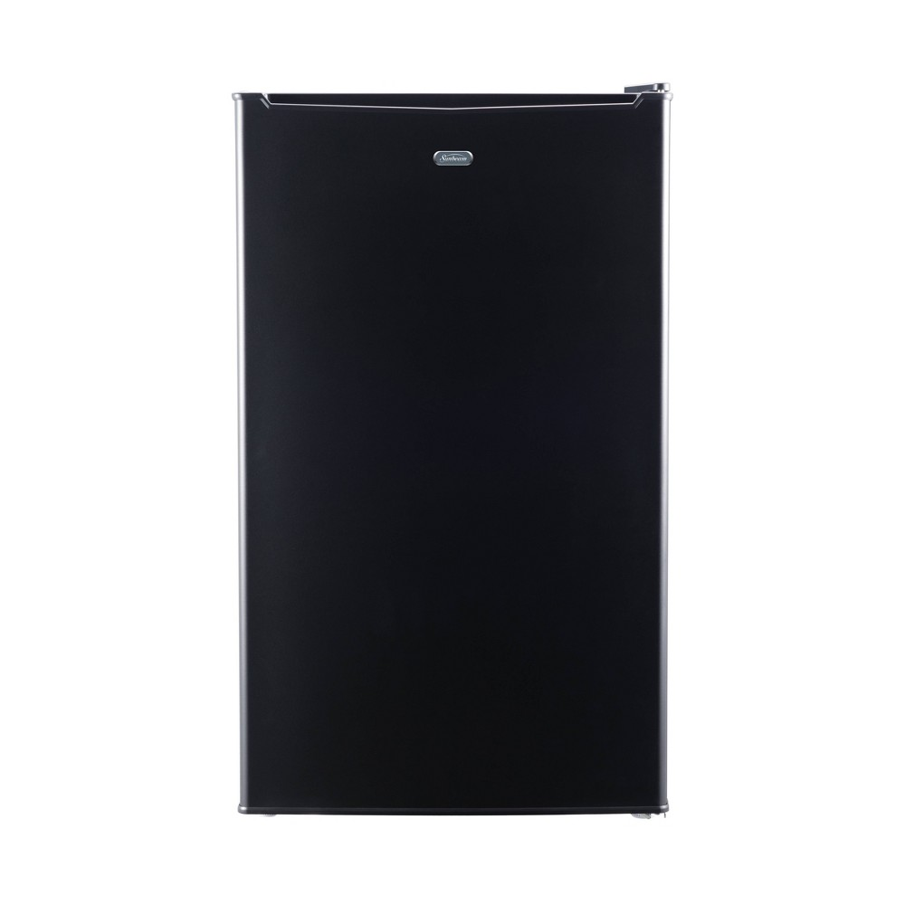 Sunbeam 3.3 cu ft Mini Refrigerator - Black SGR33MBKE This 3.3 cubic foot Sunbeam mini refrigerator is a great storage option for extra beverages , perishables or snacks. This unit is perfect for a college dorm, home office or bonus entertainment space. This unit includes manual defrost, a recessed handle, 2 glass shelves and a 7 can dispenser. This unit also includes a one year limited warranty.