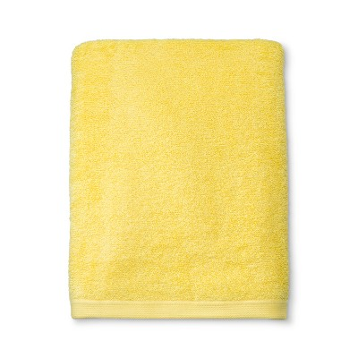 Solid Bath Towel Yellow - Room Essentials™