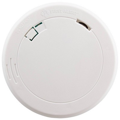 First Alert PR700 Battery Powered Slim Smoke Detector with Photoelectic Sensor