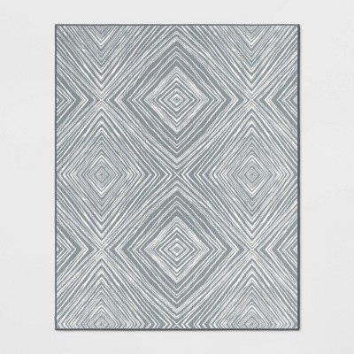4'X5'6  Diamond Tufted Accent Rug Gray - Room Essentials™