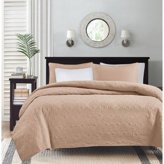 Blush Vancouver Coverlet Set (Full/Queen)