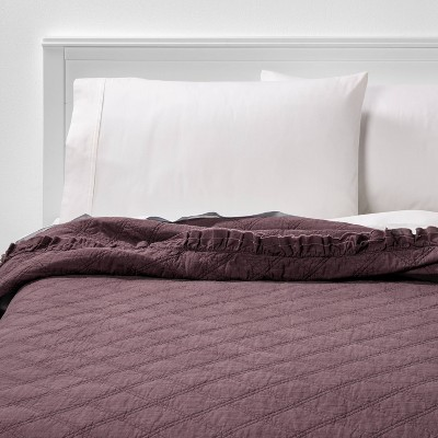 Full/Queen Vintage Washed Ruffle Quilt Mauve - Threshold™